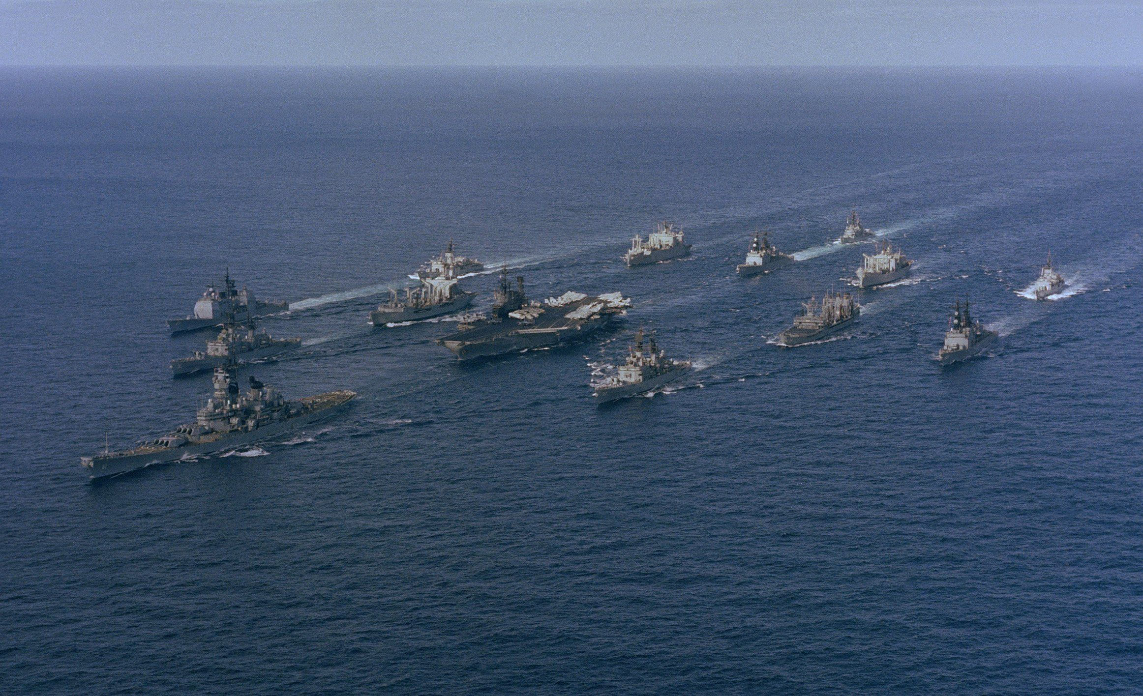 Battle_Group_Alpha_(Midway,_Iowa)_underway,_1987.jpg