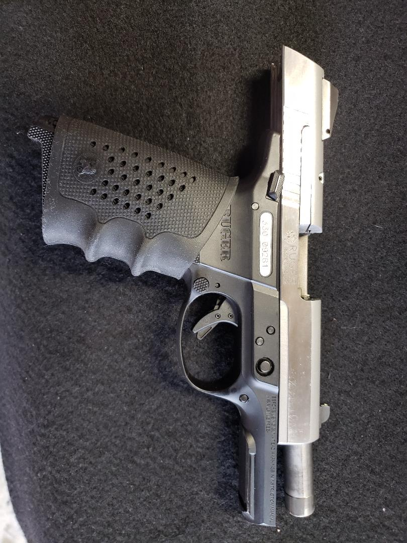 WTS - Ruger SR9 9mm (North Richland Hills) | Texas Gun Talk